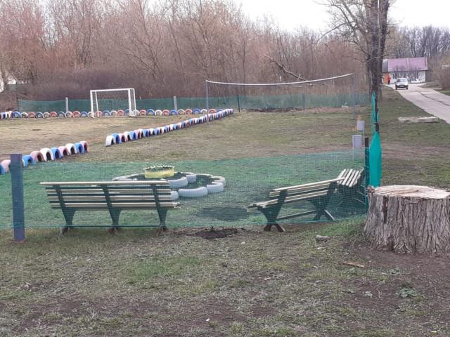Обустройство спортивной площадки в. п. Восточный, в районе д. №5 и д.№6, Ефремовского района.